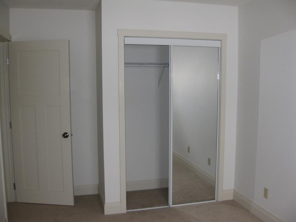 Half Duplex For Sale in Didsbury, AB - 4 bed, 4 bath