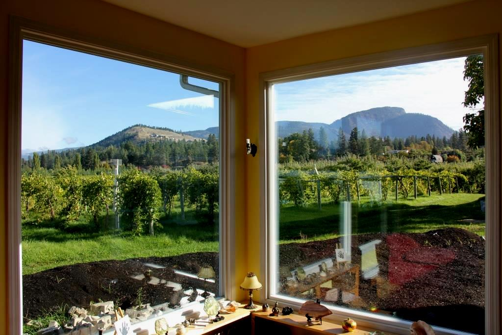Land with Building(s) / Acreage / Business with Property For Sale in Kelowna, BC - 4 bed, 2 bath