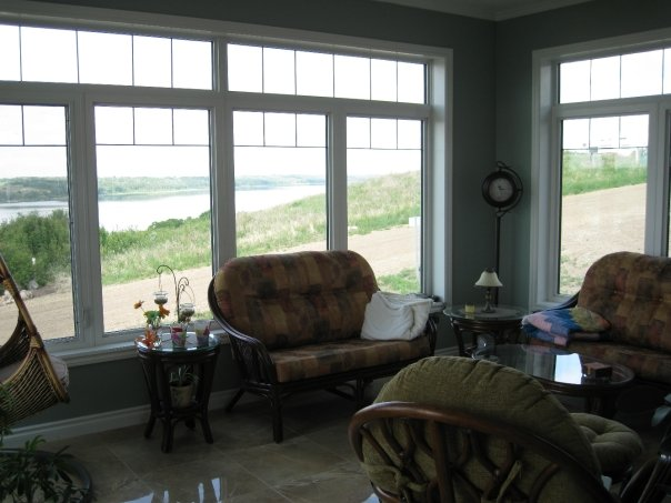 Acreage / House / Recreational Property For Sale in Tillicum Beach, AB - 4+1 bed, 3.5 bath