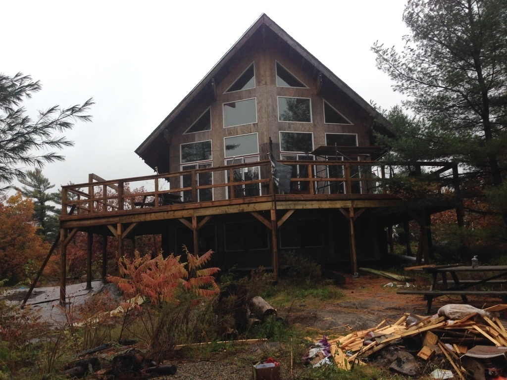 Recreational Property / House / Island / Island with Building(s) / Waterfront Property For Sale in Honey Harbour, ON - 3 bed, 1 bath