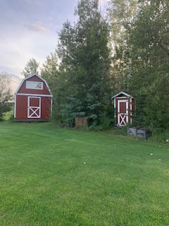 Acreage / House / Land with Building(s) For Sale in Dawson Creek, BC - 5 bed, 3 bath