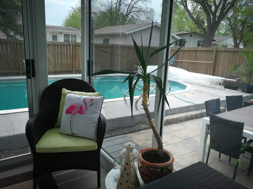 House For Sale in Winnipeg, MB - 5 bed, 2 bath
