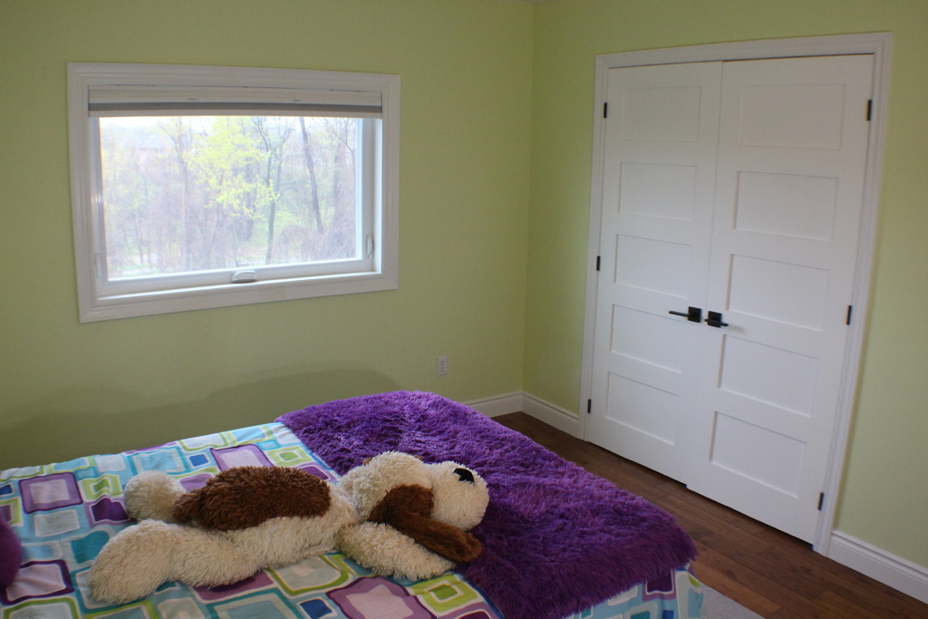 House For Sale in Burlington, ON - 4+1 bed, 3.5 bath