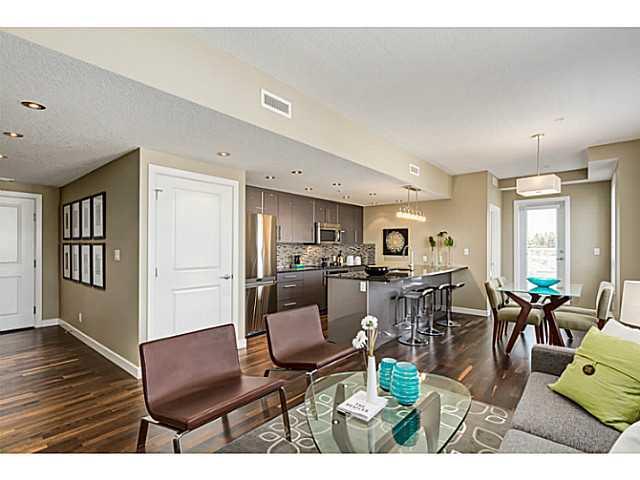 Condo / Apartment For Sale in Calgary, AB - 1+1 bed, 1.5 bath