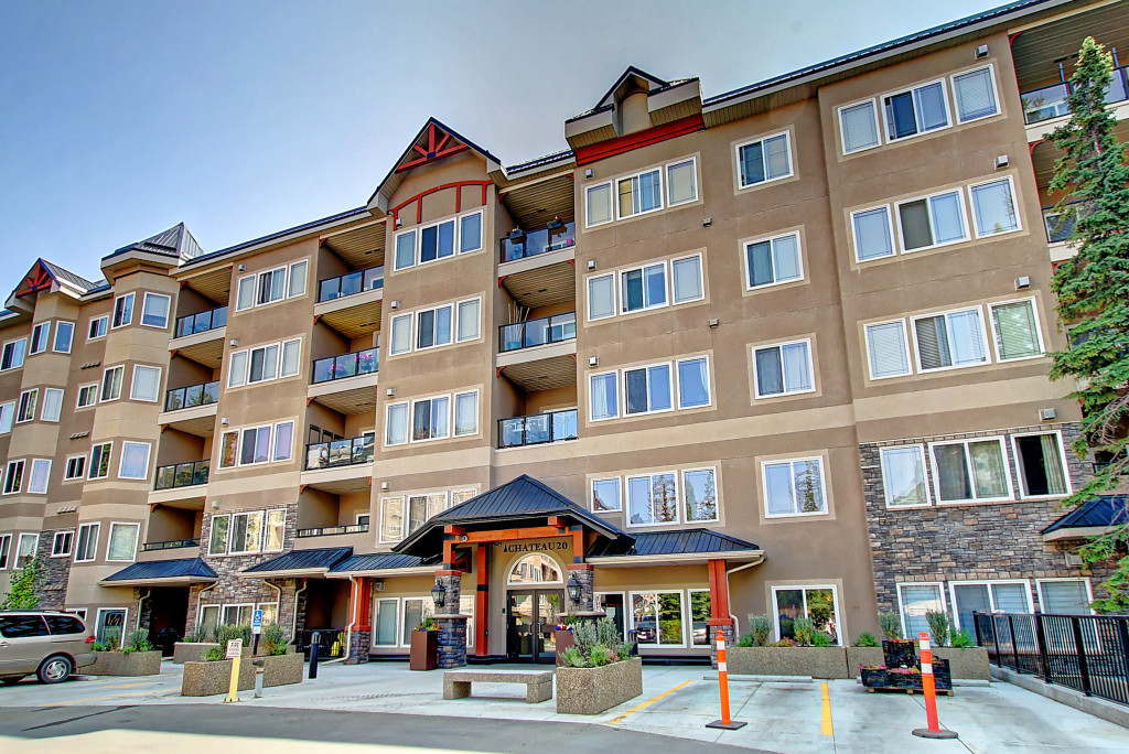 Condo For Sale in Calgary, AB - 2 bed, 2 bath