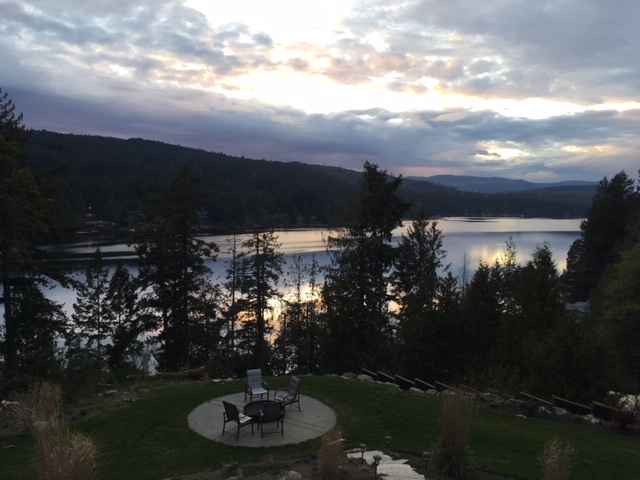 Waterfront Property For Sale on Shawnigan Lake, BC - 4 bed, 4 bath