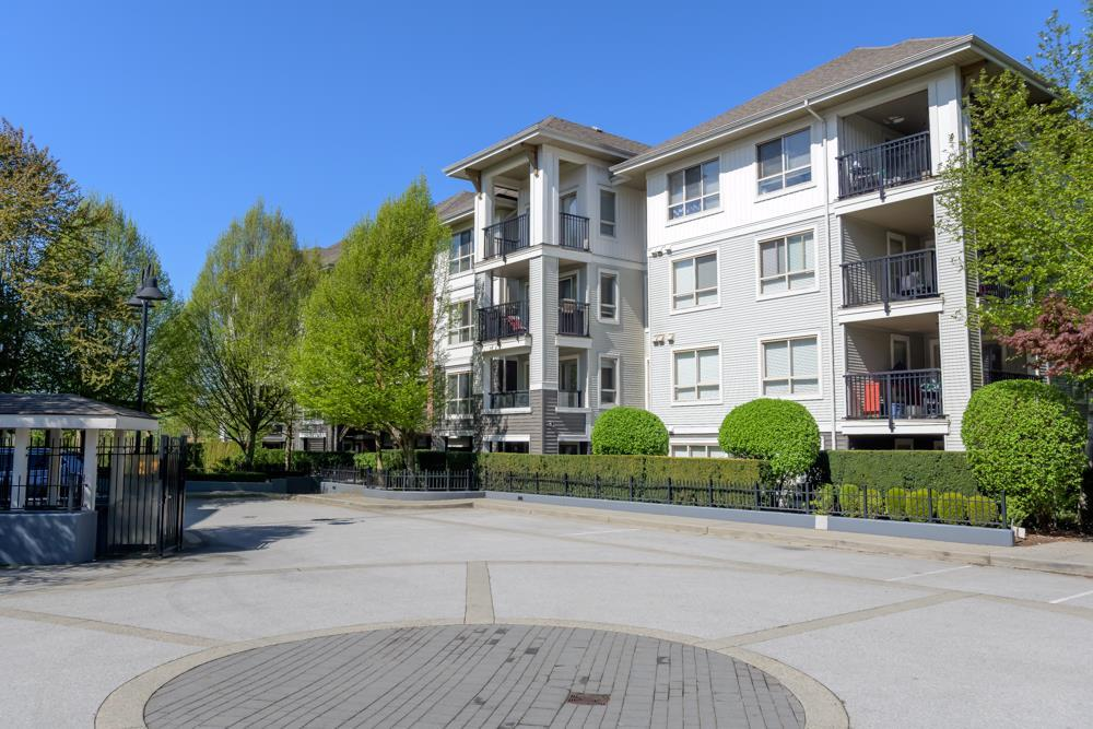 Condo / Apartment For Sale in Langley, BC - 2 bed, 2 bath