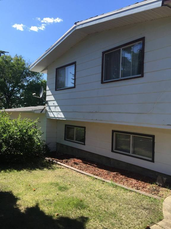 House For Sale in Hardisty, AB - 4 bed, 3 bath