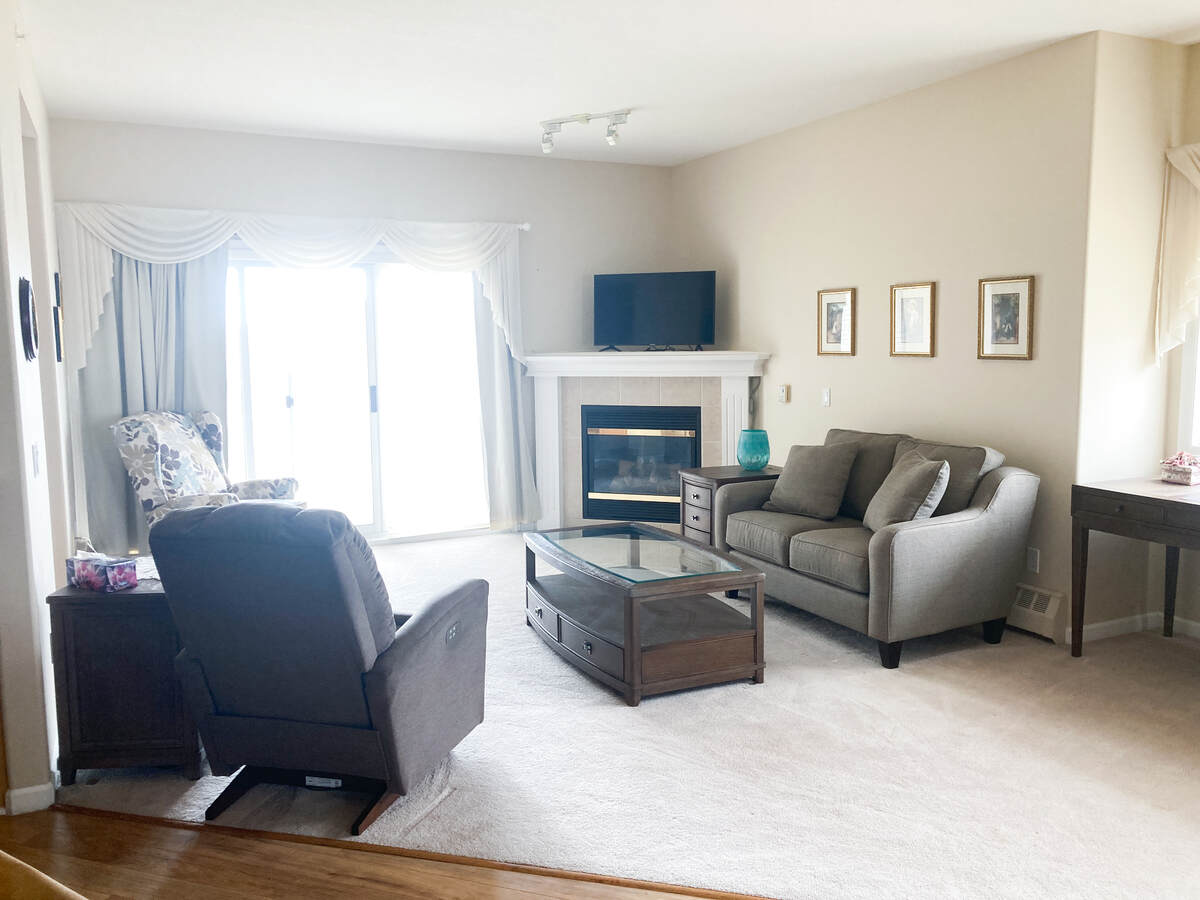 Condo / Apartment For Sale in Strathmore, AB - 2+2 bed, 2 bath