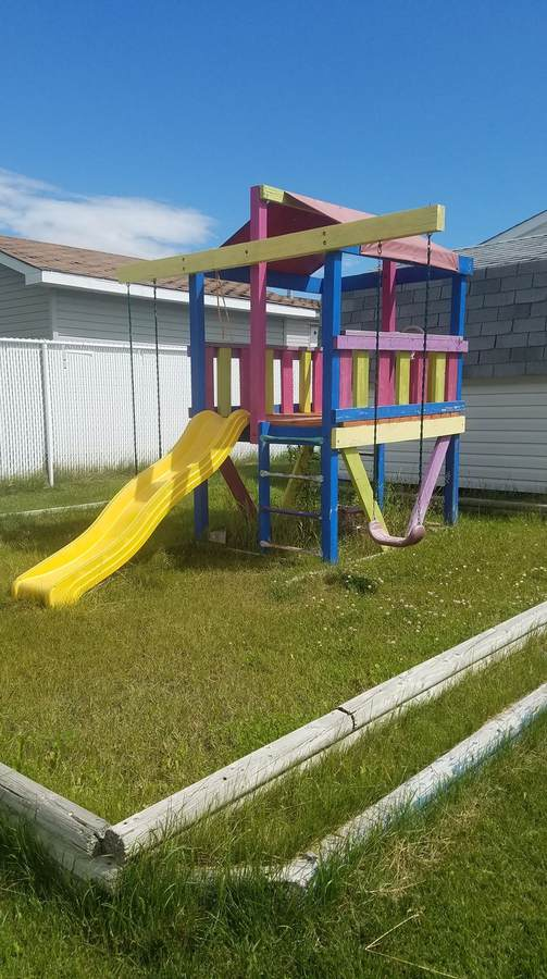 Mobile Home / Condo / Land with Building(s) / Modular Home For Sale in County Of Grande Prairie, AB - 3 bed, 2 bath