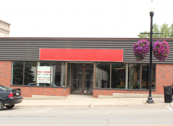 Commercial Space For Lease in Hanover, ON - 0 bed, 3 bath