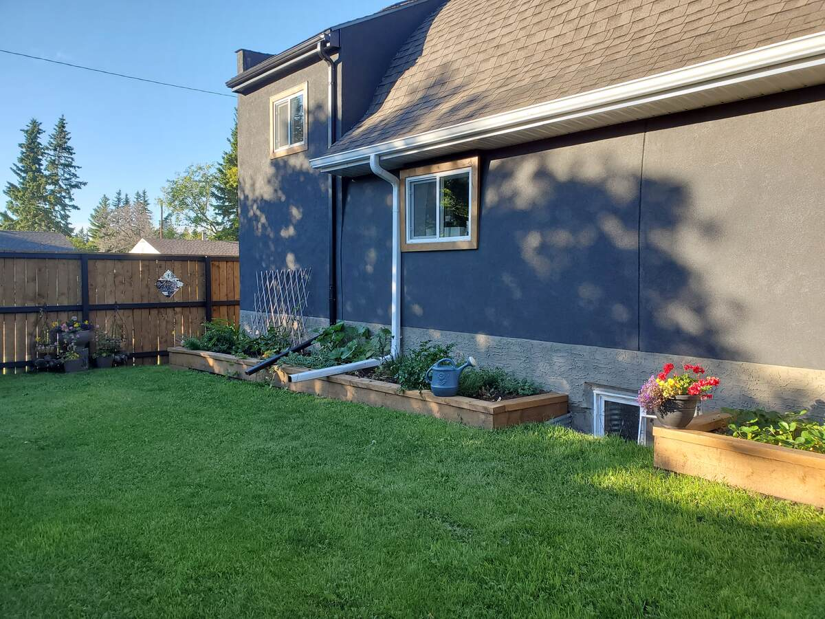 Revenue Property For Sale in Marwayne, AB - 2+2 bed, 2 bath