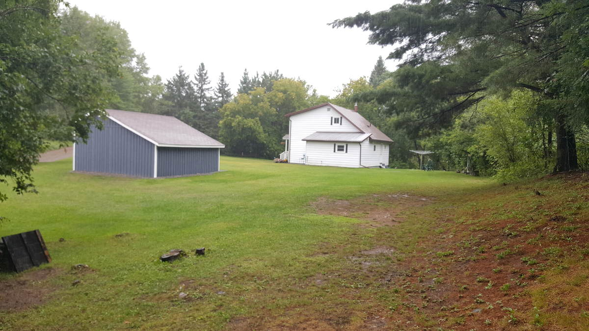 House / Farm For Sale in Bancroft, ON - 3 bed, 2 bath