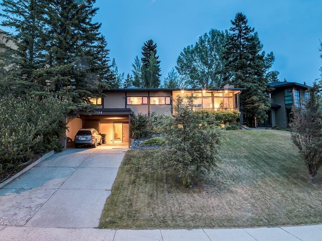 House For Sale in Calgary, AB - 4 bed, 2 bath