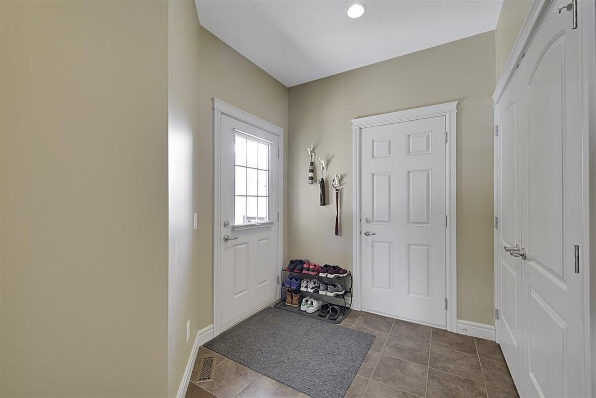 Duplex / Condo For Sale in Edmonton, AB - 3 bed, 3 bath