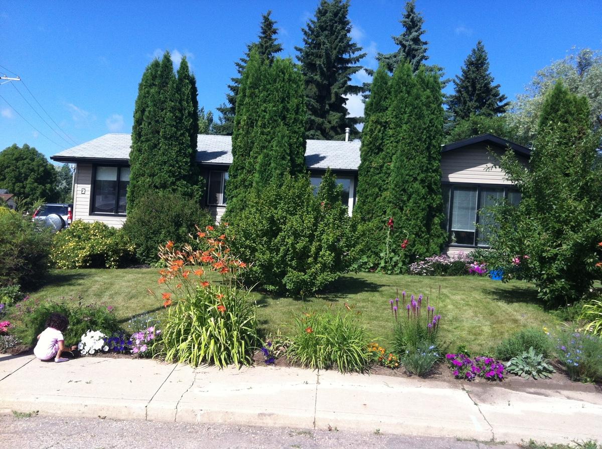 House For Sale in Saskatoon, SK - 3 bed, 2 bath