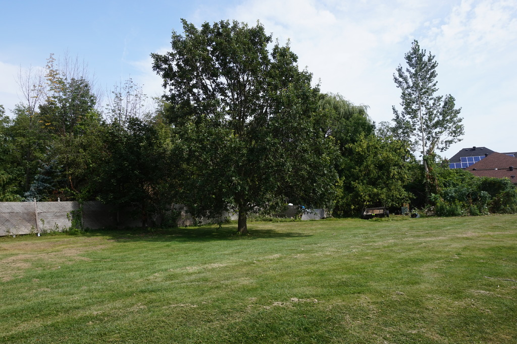 Building Lot / Empty Lot / Land For Sale in Mississauga, ON