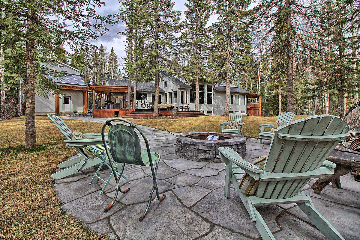 Acreage / Home-Based Business Potential / House / Land / Recreational Property For Sale in Bragg Creek, AB - 3+2 bed, 3.5 bath