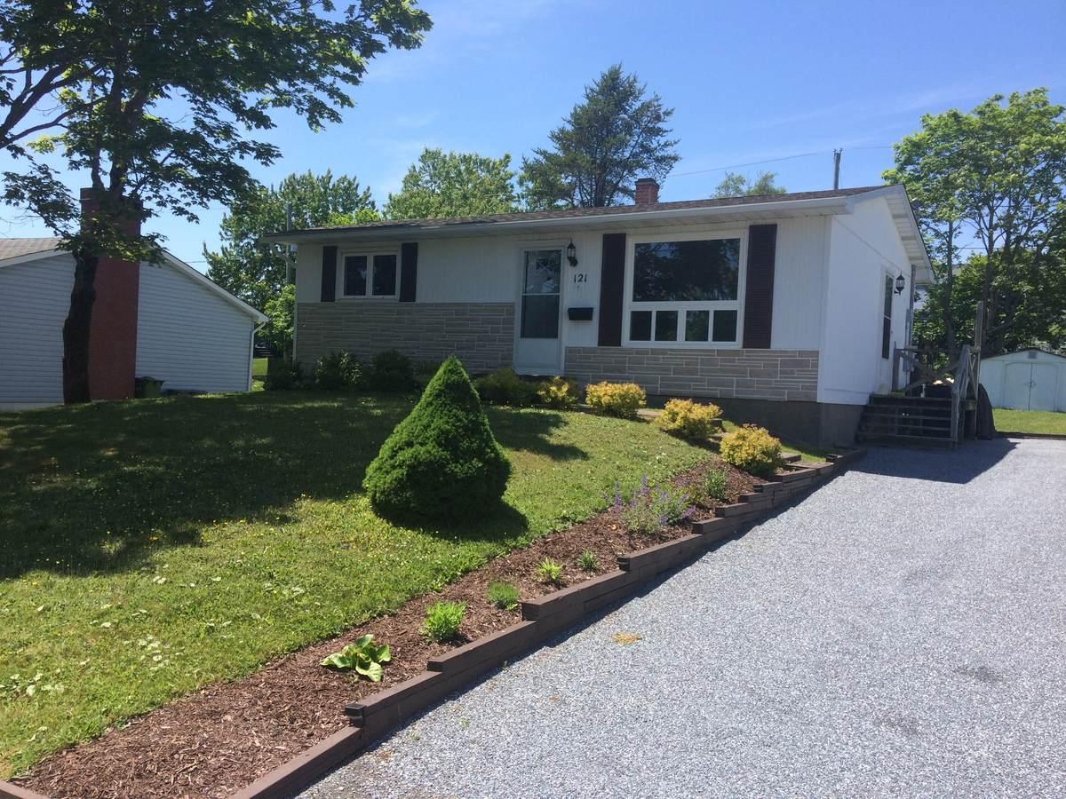 House For Sale in Saint John, NB - 2 bed, 1 bath
