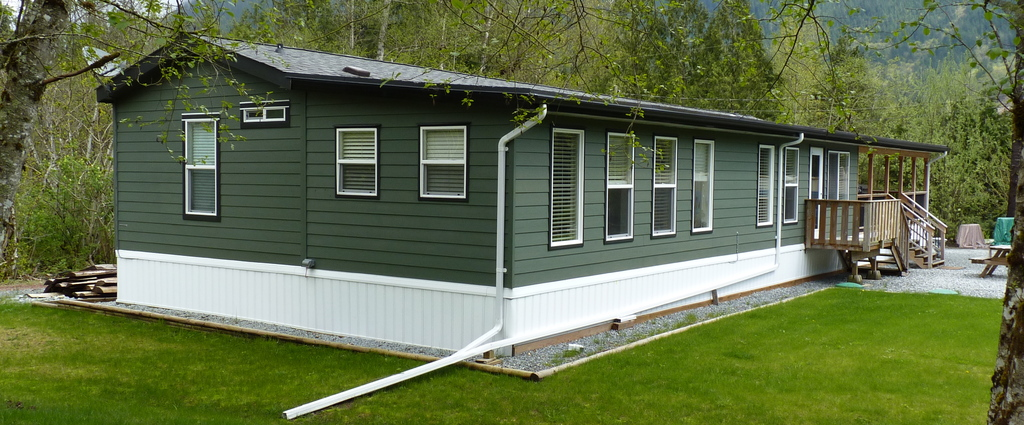 Manufactured Home For Sale in Mission, BC - 2 bed, 2 bath