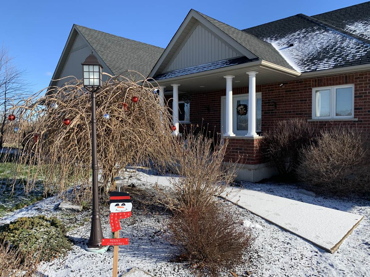 House / Acreage / Home-Based Business Potential For Sale in Wainfleet, ON - 4 bed, 3 bath