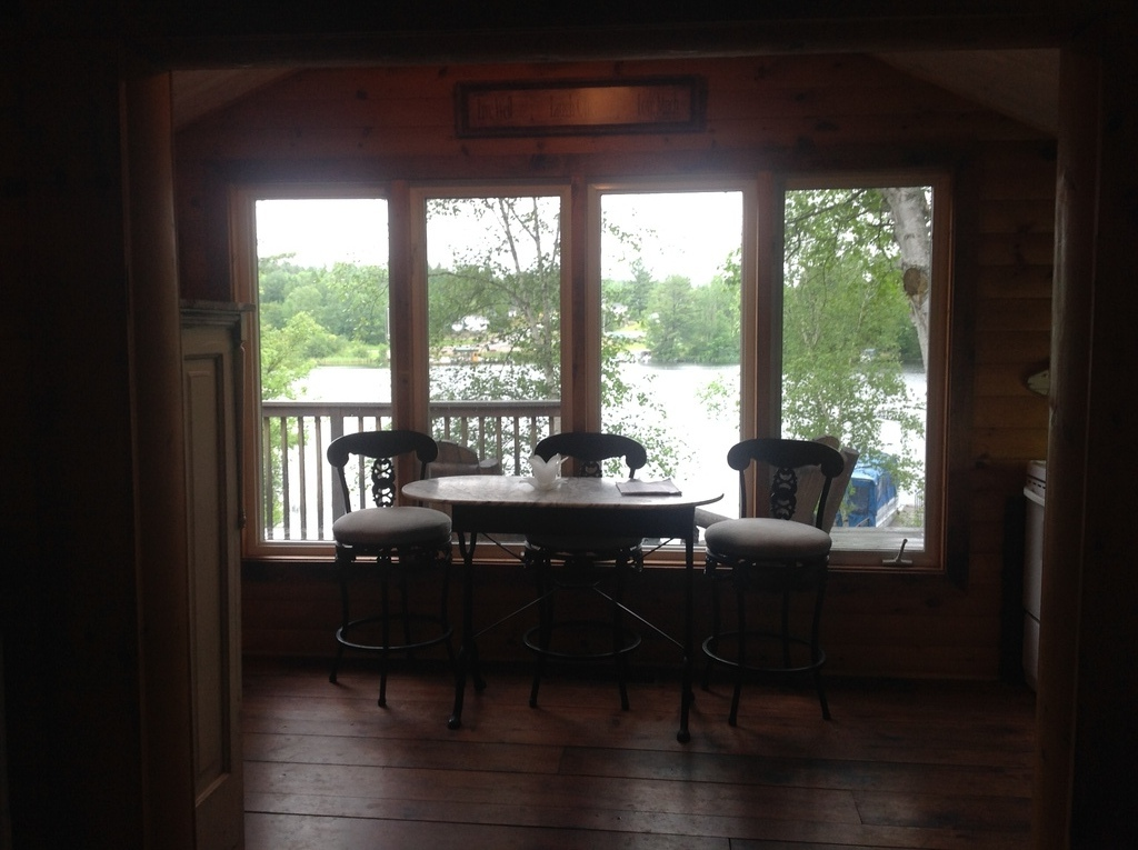Waterfront Property / Cottage For Sale in Kipawa, QC - 2 bed, 1 bath