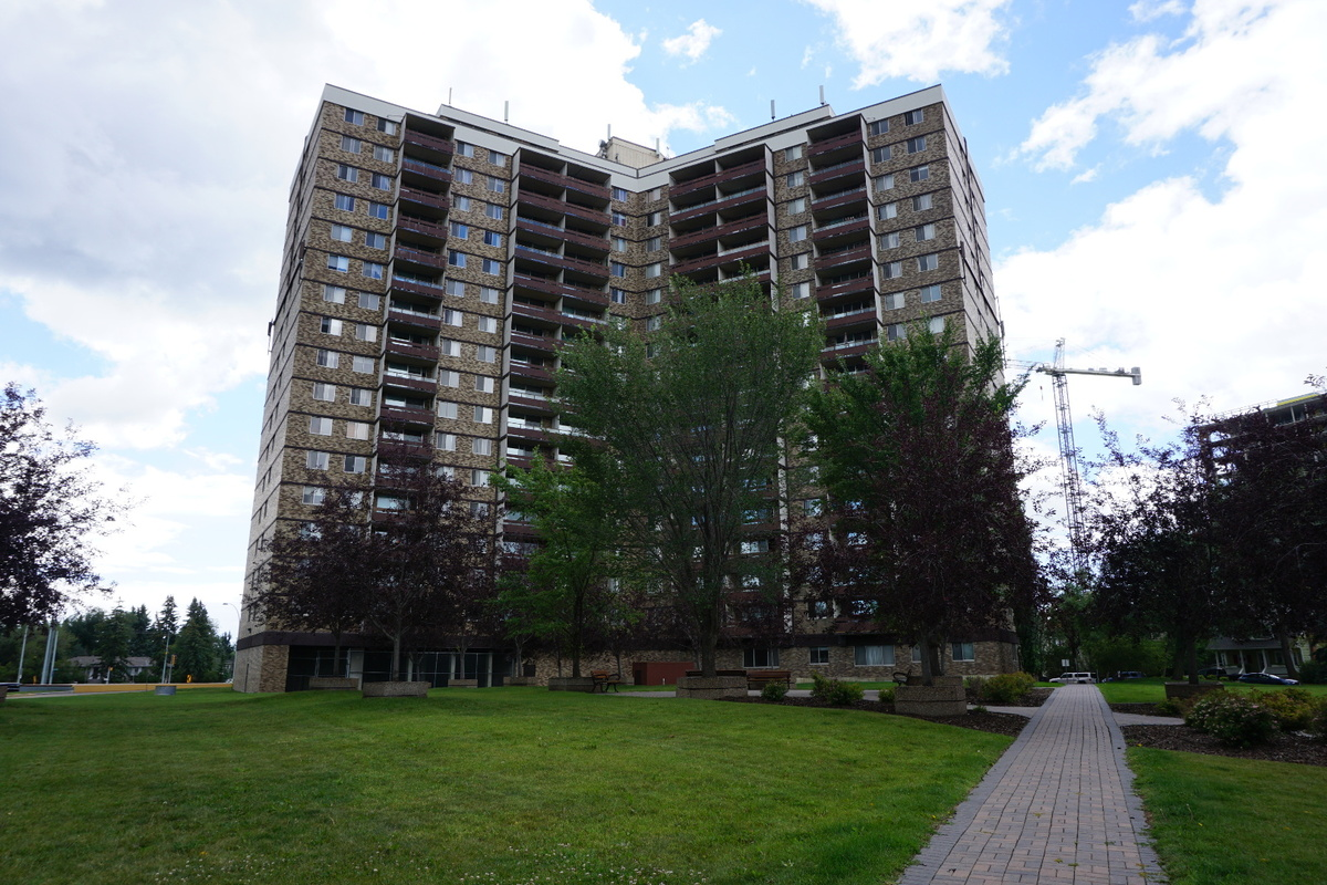 Condo For Sale in Edmonton, AB - 3 bed, 1.5 bath
