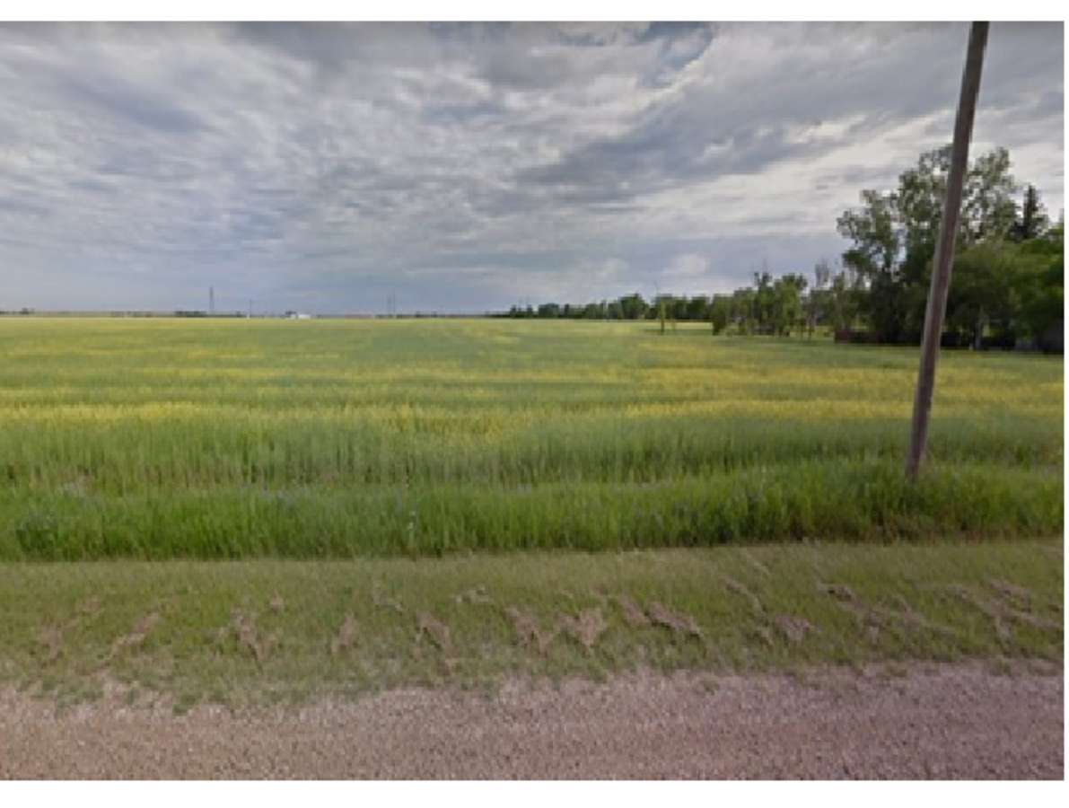 Vacant Land / Acreage For Sale in Springfield, MB