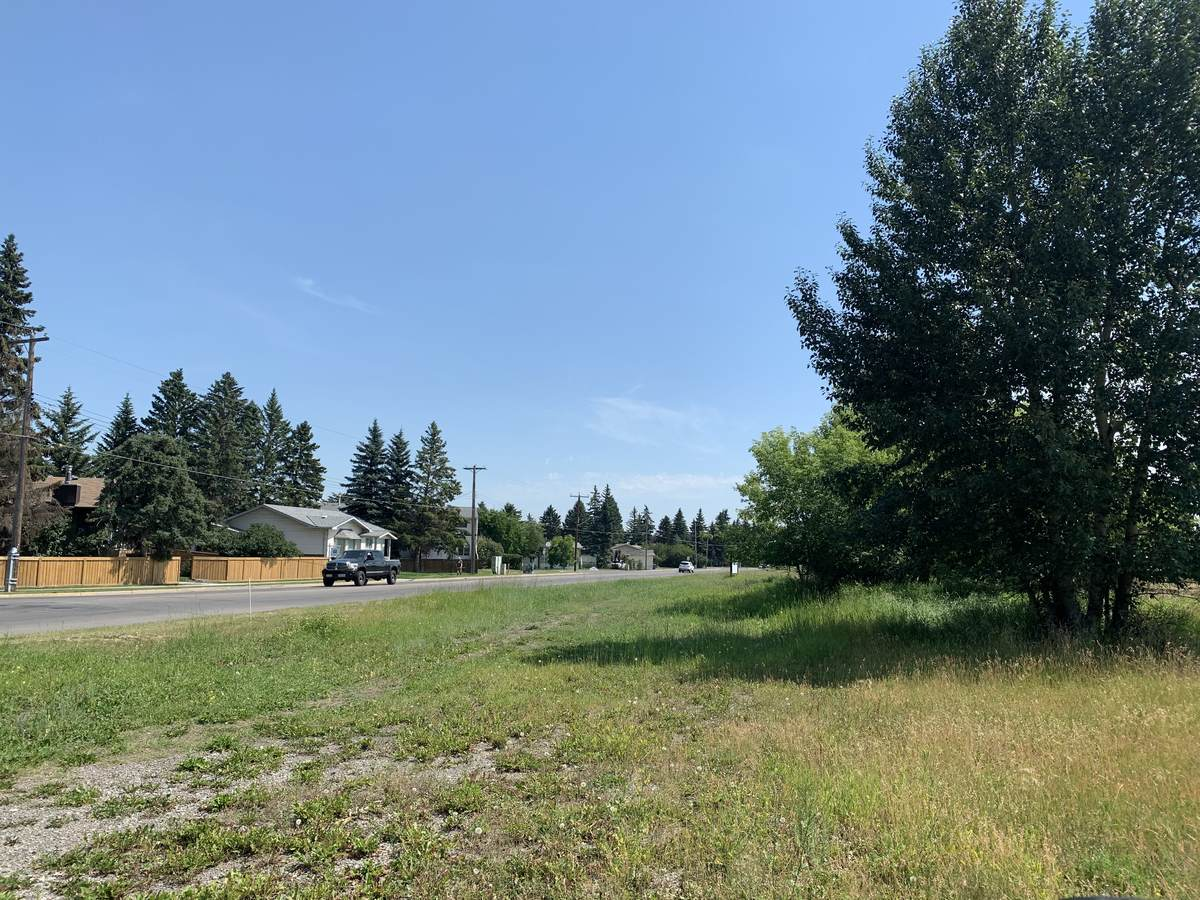 Vacant Land For Sale in Okotoks, AB