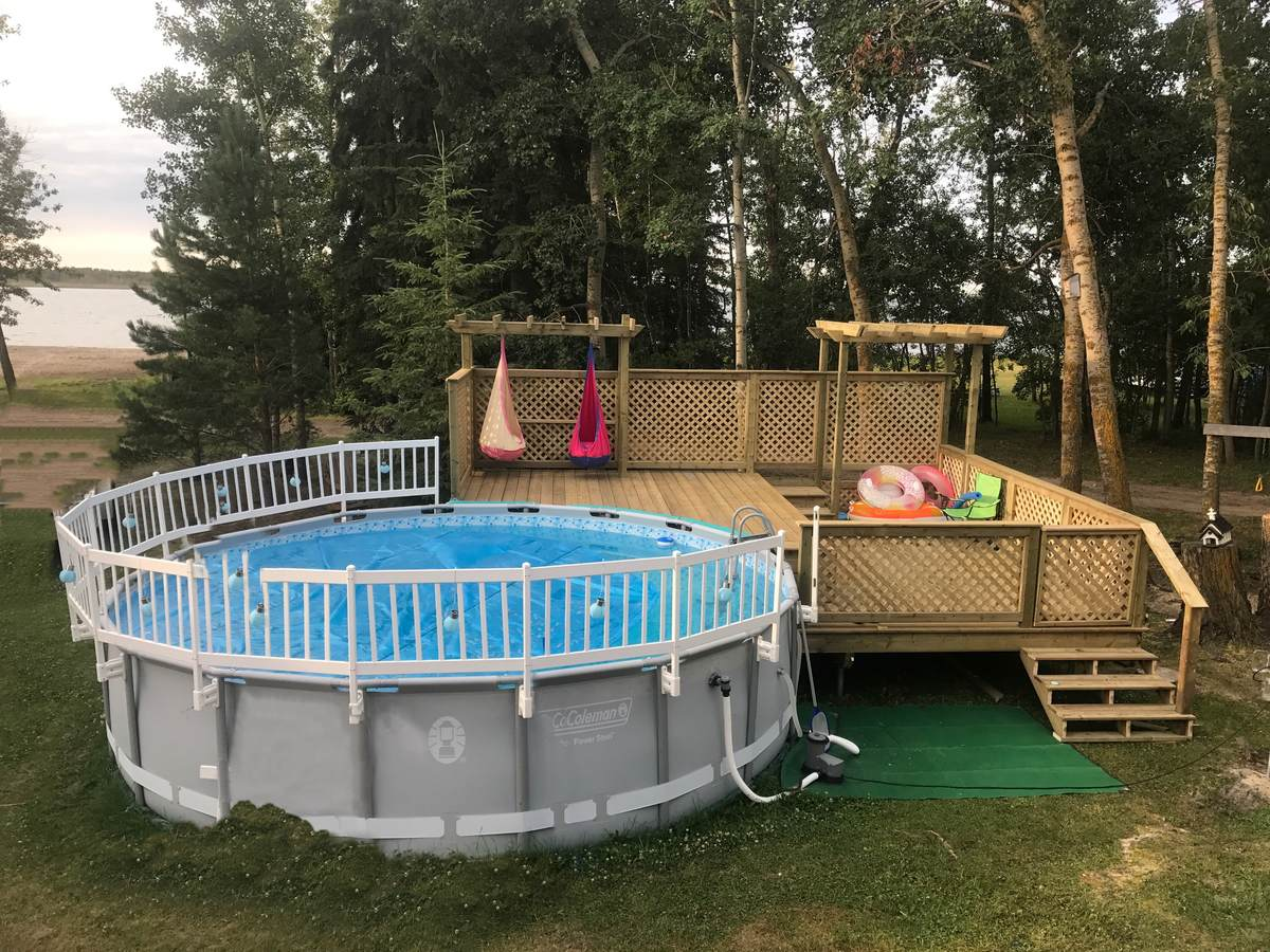 House / Cottage / Recreational Property / Waterfront Property For Sale in Camrose County, AB - 2+1 bed, 1 bath