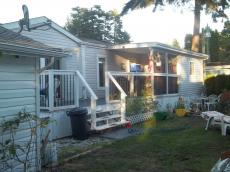 Mobile Home For Sale in Powell River, BC - 2 bdrm, 2 bath - $99,000