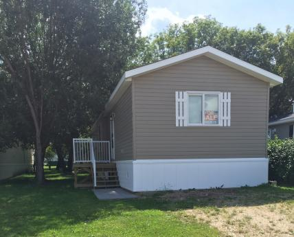 Mobile Home / Manufactured Home For Sale in Barrhead, AB - 3 bdrm, 2 bath (37, 4515 - 50 Avenue)