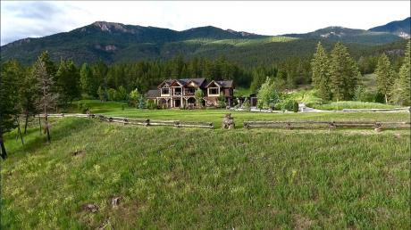Recreational Property / Acreage / Detached House For Sale in Windermere, BC - 5 bdrm, 5 bath (#8 2400 Kootenay 3 Rd.)