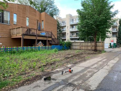 Empty Lot / Building Lot / Land For Sale in Edmonton, AB - 0 bdrm, 0 bath (11211 99 Avenue)