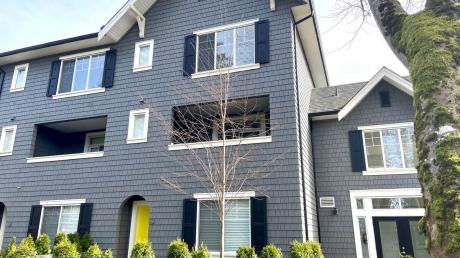 Townhouse For Sale in Surrey, BC - 4 bdrm, 3.5 bath (14, 16357 15 Ave)