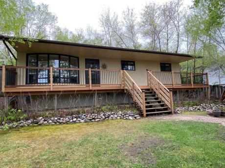 House For Sale in Regina Beach, SK - 3 bdrm, 2 bath (145 Bryden Crescent)