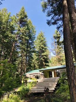 Land with Building(s) / Island with Building(s) / Recreational Property / Waterfront Property For Sale in Pinaus Lake, BC - 2+1 bdrm, 2 bath (6396 Pinuas Lake Road)