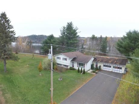 Waterfront Property / Recreational Property For Sale in Upper Kent, NB - 4 bdrm, 2.5 bath (51 Upper Kent Road)