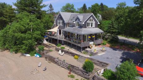 Waterfront Property / House / Revenue Property For Sale in Quispamsis, NB - 3+1 bdrm, 2.5 bath (591 Gondola Point Road)