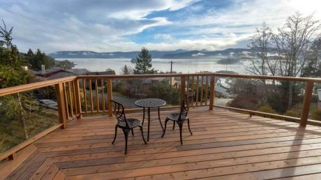 Revenue Property / Home-Based Business Potential For Sale in Queen Charlotte, BC - 8+1 bdrm, 7 bath (3127 2nd Ave)