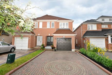 House / Empty Lot For Sale in Markham, ON - 4+2 bdrm, 3.5 bath (51 Guinevere Road)