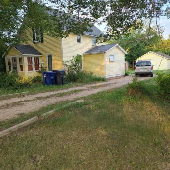 House / Cottage / Recreational Property For Sale in Elbow, SK - 3 bdrm, 1 bath (250 Grey Street)