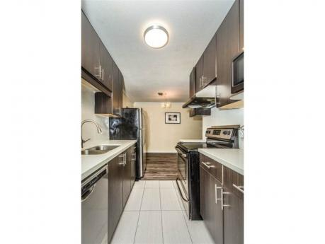 Apartment For Sale in Richmond, BC - 2 bdrm, 2 bath (109, 6340 Buswell Street)