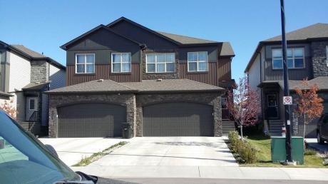 Half Duplex For Sale in Spruce Grove, AB - 3 bdrm, 2.5 bath (36 Gladstone Bend)