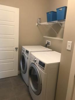 House For Sale in Edmonton, AB - 3 bdrm, 3 bath (6519 Elston Loop NW)