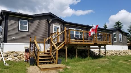 House / Acreage / Manufactured Home / Recreational Property For Sale in Gull Lake, AB - 3 bdrm, 2 bath (110, 100 Sunnyside Place)