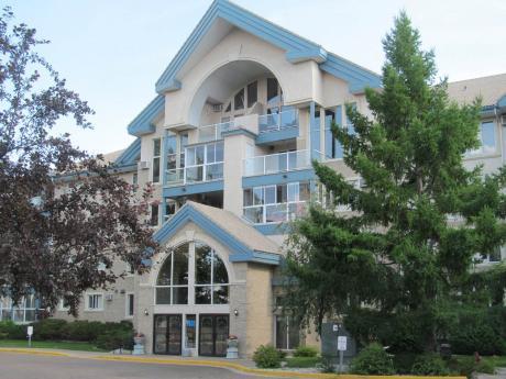 Condo / Apartment For Sale in Medicine Hat, AB - 2 bdrm, 3 bath (405, 1535 Southview Dr SE)