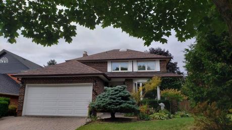 House For Sale in Pickering, ON - 3+1 bdrm, 3.5 bath (Broadgreen Street)