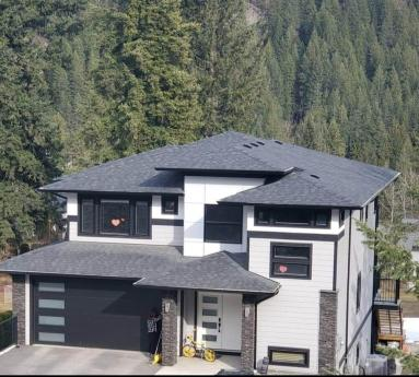 House For Sale in Blind Bay, BC - 4+2 bdrm, 3.5 bath (2790 Mountview Drive)