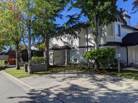Townhouse For Sale in Delta, BC - 3 bdrm, 3 bath (25, 4748 54a Street)